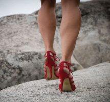 Sara Schulting Kranz red heels